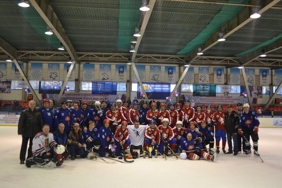 Турнир по хоккею посвященный памяти Юрия Шувалова и Германа Половинкина